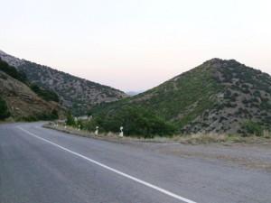 На выезде из Судака в направлении Алушты